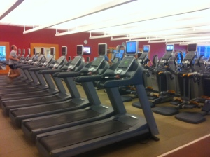 So many treadmills!